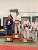 Lennart Scharff Platz 1 bei der Siegerehrung
